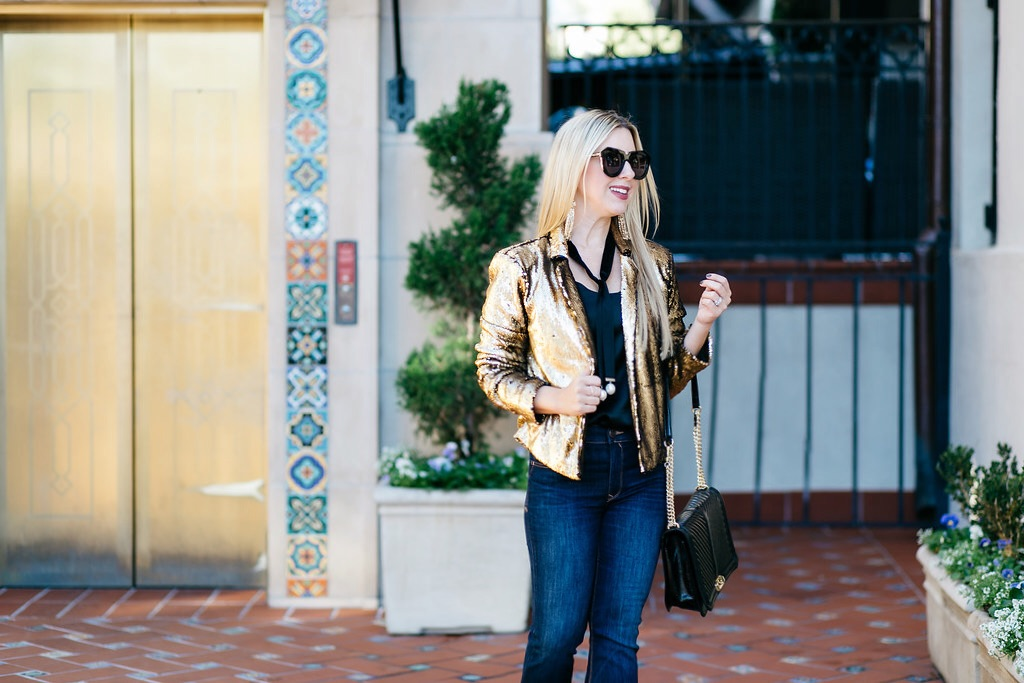 Holiday Look | Gold Sequin | The Darling Petite Diva Blog