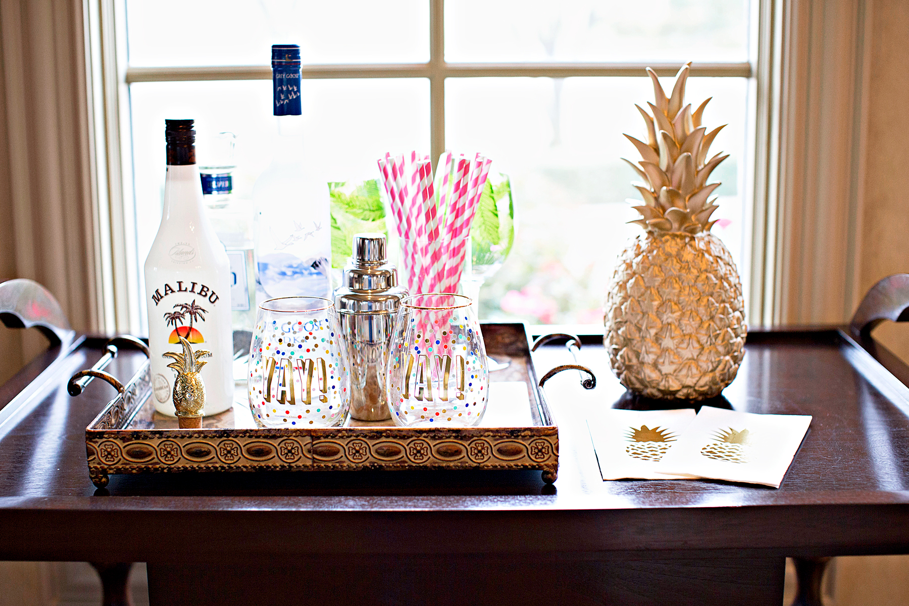 Spring Break Cocktails Featuring Pineapple | The Darling Petite Diva| Nicole Kirk
