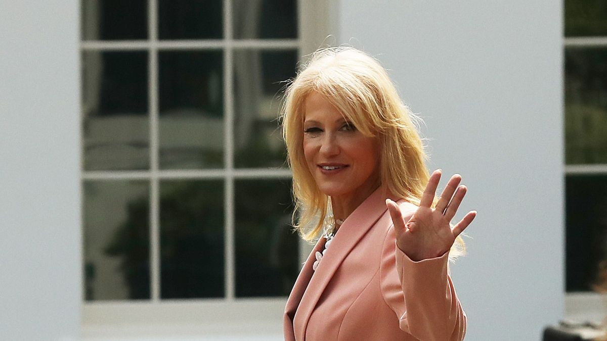 Kellyanne Conways Daughter Claudia Trolls Her Mom With