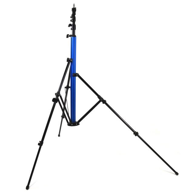 Savage Universal introduces the patent-pending MultiFlex Light Stand