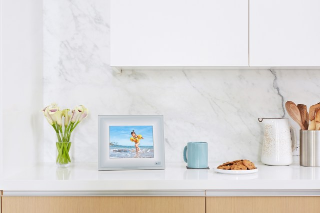 Aura Frames announces new smart photo frames, features after its private social network grows 240%