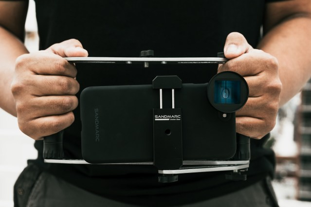 SANDMARC introduces rig for iPhone and mobile filmmakers