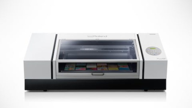 Roland DGA introduces new VersaUV LEF2-300 Flatbed UV Printer