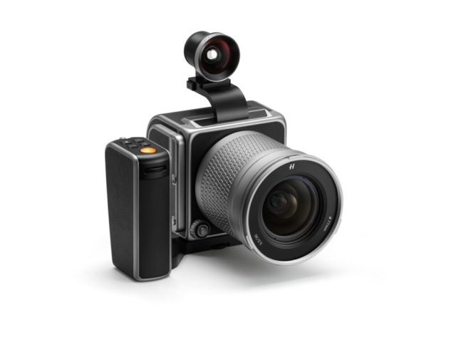Hasselblad launches 907X kit to commemorate 80 year anniversary
