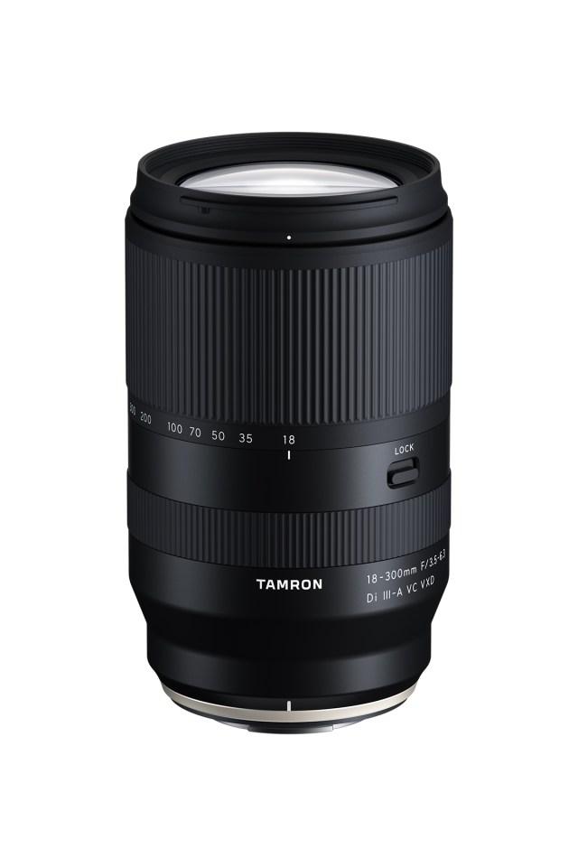 Tamron debuts three lenses