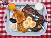 12-Pictures-Of-Death-Row-Prisoners--Last-Meals_1