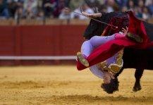 493193-matador-espagnol-antonio-nazare-frappe