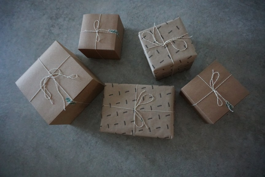 Simple, Sustainable Gift Wrap