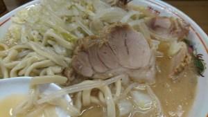 ラーメン二郎前橋千代田町店の豚
