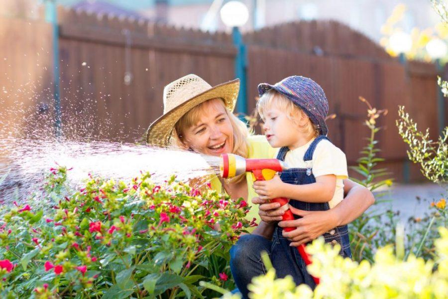 Je tuin babyvriendelijk en lenteklaar maken