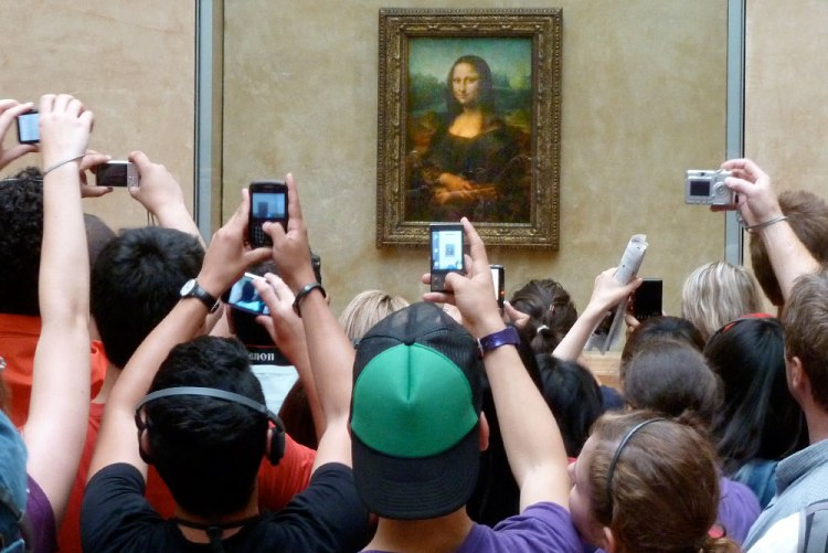 Madness of crowds: Mona Lisa scrum at the Louvre