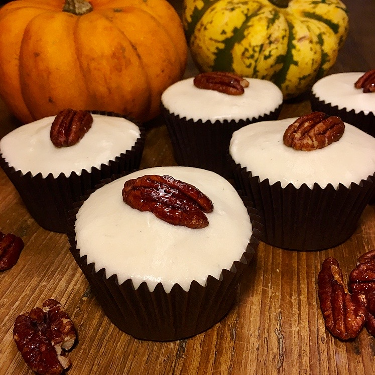 Spiced Pumpkin Pecan Maple Cupcakes