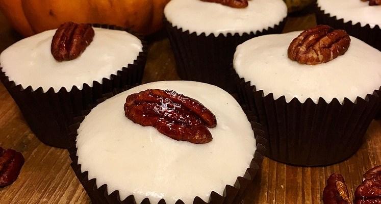 Spiced Pumpkin Pecan Maple Cupcakes