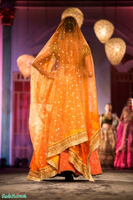 Bridal dupatta that looks like stars twinkling