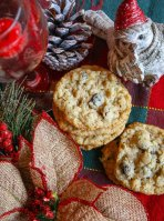 Oatmeal Cookies with Coconut and Raisins