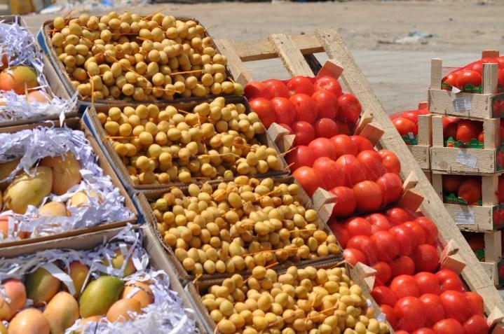 fresh dates and tomato