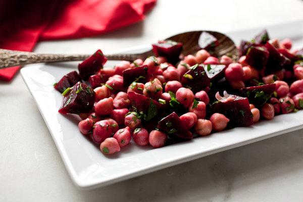 Salatet Shmandar سلطة شمندر