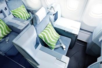 Finnair business A330 03 Low