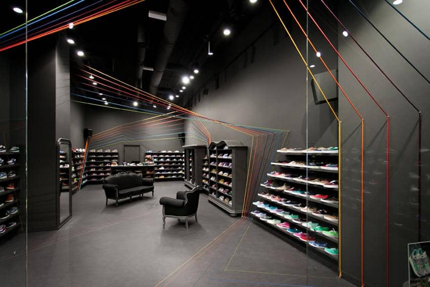 Run Colors Concept Store By Mode Lina