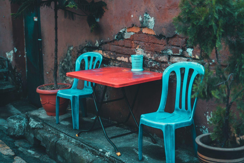 best plastic outdoor chairs