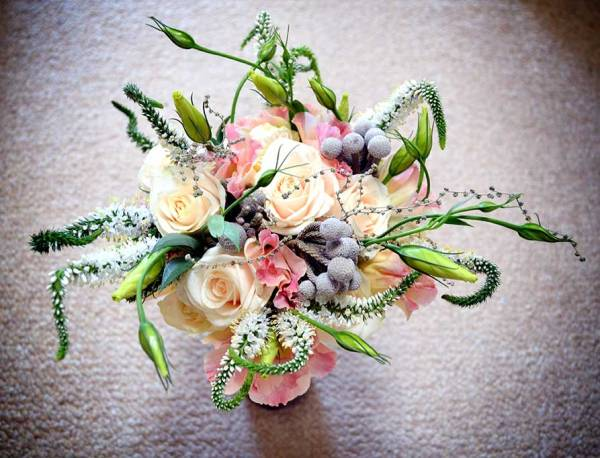 Some thought has gone into the selection of flowers and greenery for this gorgeous bouquet by Lavishly Done | via http://lavishlydone.co.za/wedding-flowers/