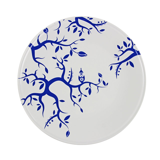 Celebrating 500 years of medieval Dutch painter Jhernimous Bosch is Jheroplate white by Royal Delft