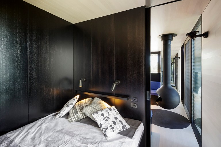 Bedroom at the Moonlight Cabin by JCB. Photo: Jeremy Weihrauch of Gollings Studio
