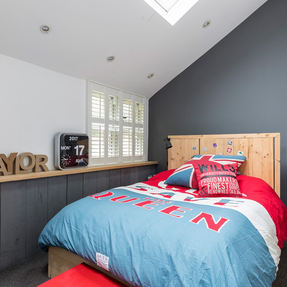65 Cool And Awesome Boys Bedroom Ideas that Anyone Will ... on Teenager Simple Small Bedroom Design  id=16687