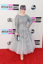 Kelly+Osbourne+Clutches+Metallic+Clutch+q5a9ElwNT6El