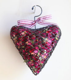 Rose Cage Heart