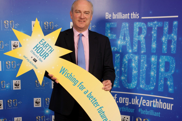 Nick Harvey supporting WWF's Earth Hour 2014