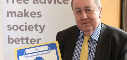 Adrian Sanders praises Torbay Citizens Advice Bureau