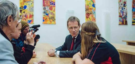 Sir Nicholas Serota interviewed by students
