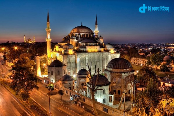 Istanbul mosques and Islamic patterns