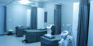 Hospitalization Risks for Patients with Diabetes and Solid-Organ Malignancy