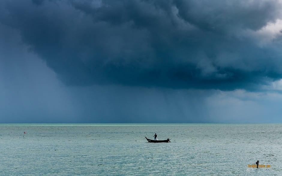 October's Wallpaper: Storm Warnings