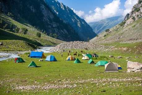 Camping along the Lidderwat River.