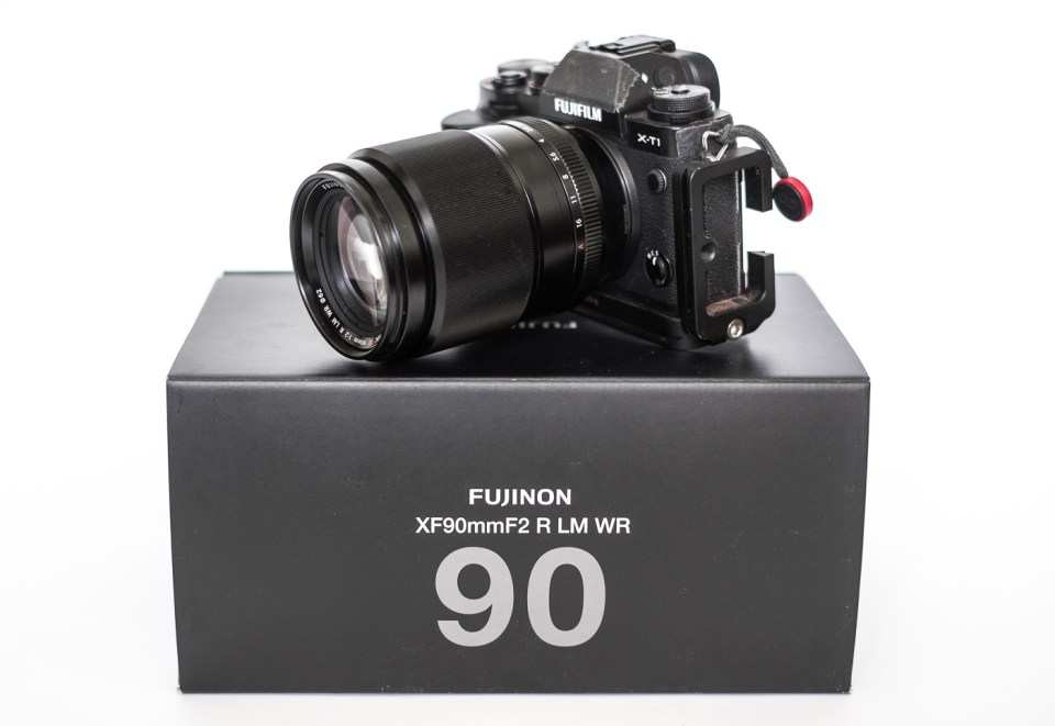 Fujifilm EBC XF 90mm f/2 R LM WR