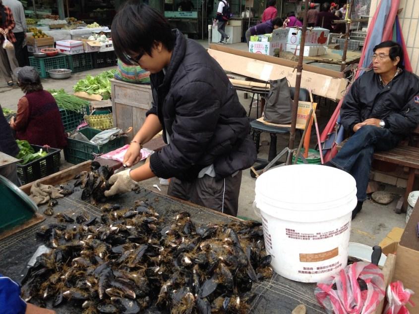 我們台灣就有很好的馬祖淡菜品嚐,不需要一定要透過進口.jpg