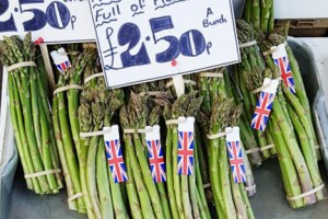 Asparagus - in season from April // NorEats