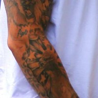 (PHOTO) Police Say Aaron Hernandez's Tattoos May Be Clues