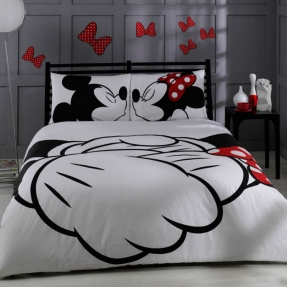disney-mickey-minnie-adore-bedding-set-queen-size-says-double-which-is-european-check-measurements-by-baharhometextile-95-00-for-black-and-white-bedroom