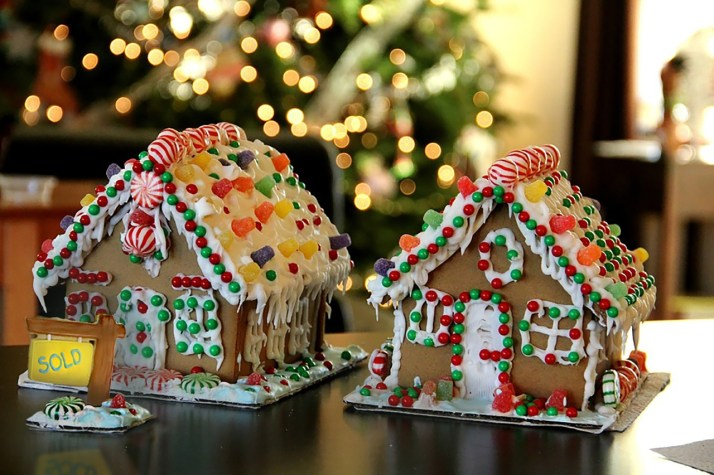 Host a DIY decorating party where friends and family have fun making their own gifts!