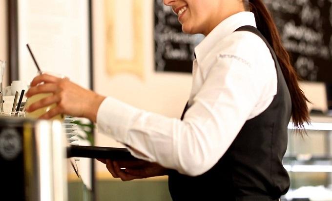 レストランの人に協力してもらってサプライズプレゼント