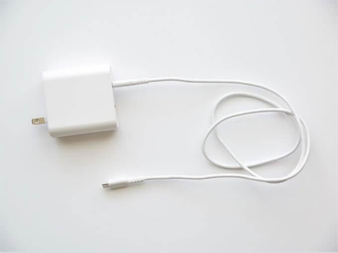 iphoneの充電ケーブルの黄ばみを落とす方法