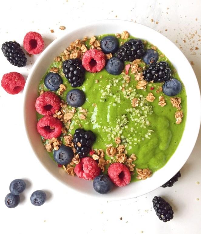 Berry Matcha Green Smoothie