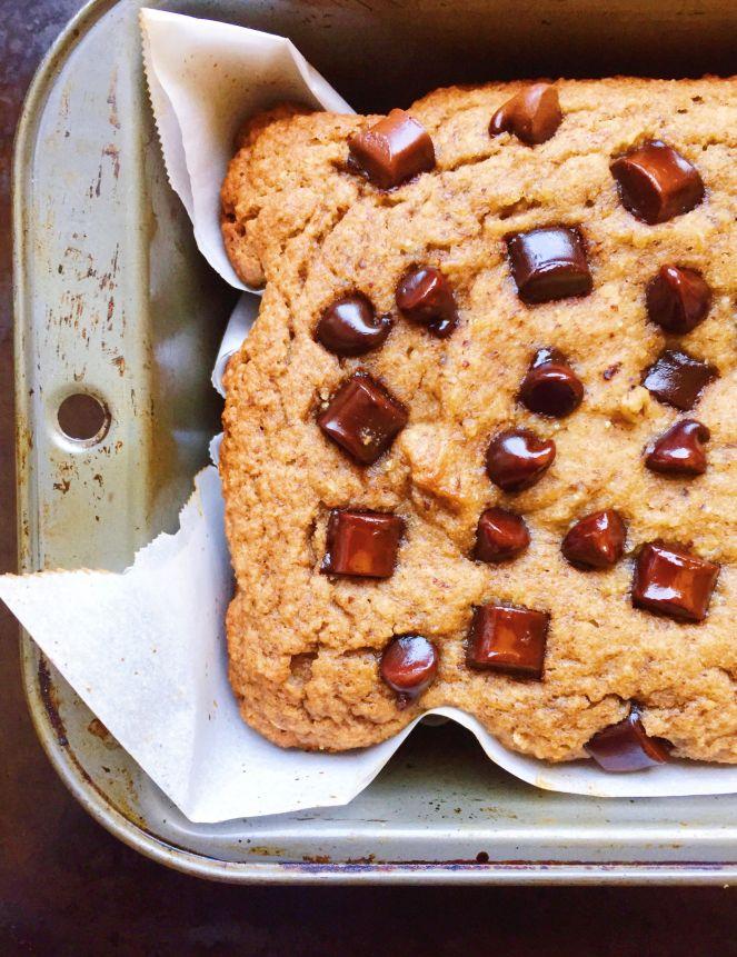 paleo peanut butter banana bread.jpg