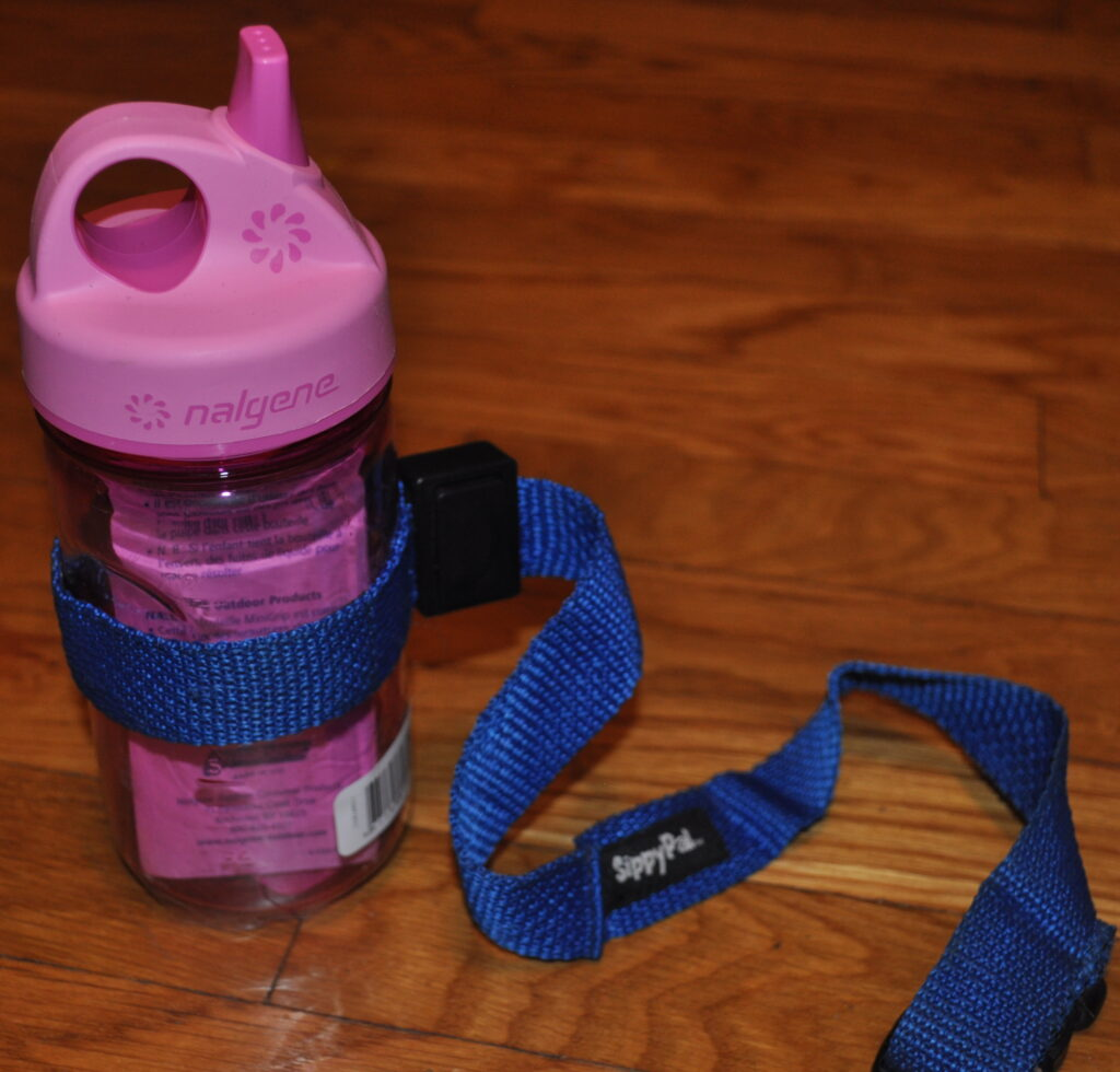 sippy cup toddler help - THINGS MY CHILDREN MUST HAVE ON THEIR DISNEY VACATION
