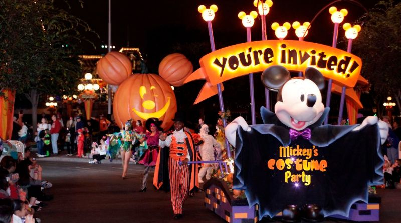 Mickey's Halloween Party at Disneyland California