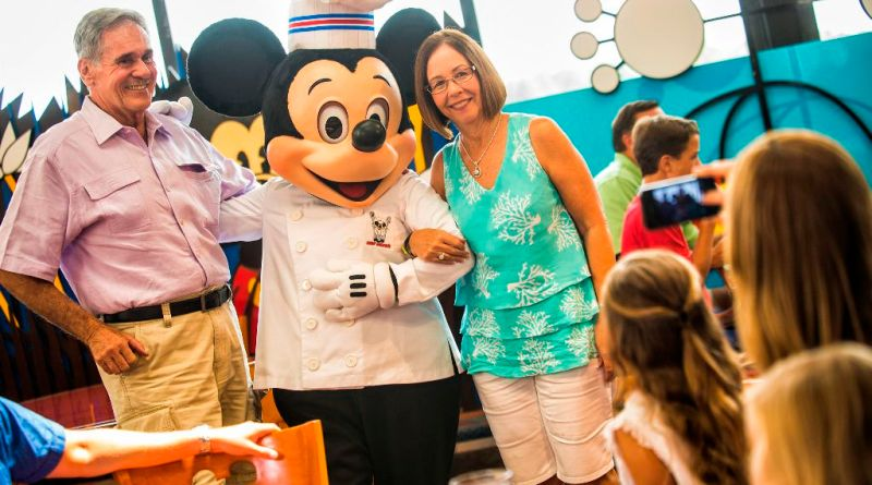 Multigenerational - chef mickey's
